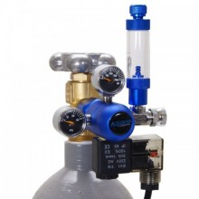 Gas regulator with a electrovalve